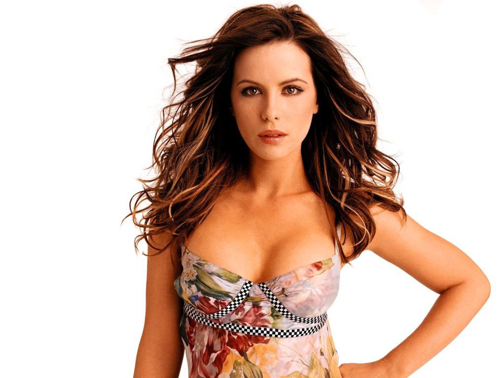 http://a406.idata.over-blog.com/2/04/62/62/Trombinoscope-F/Ectac.Kate-Beckinsale.01.JPG